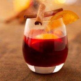 Különleges téli ízesítők forró italokhoz