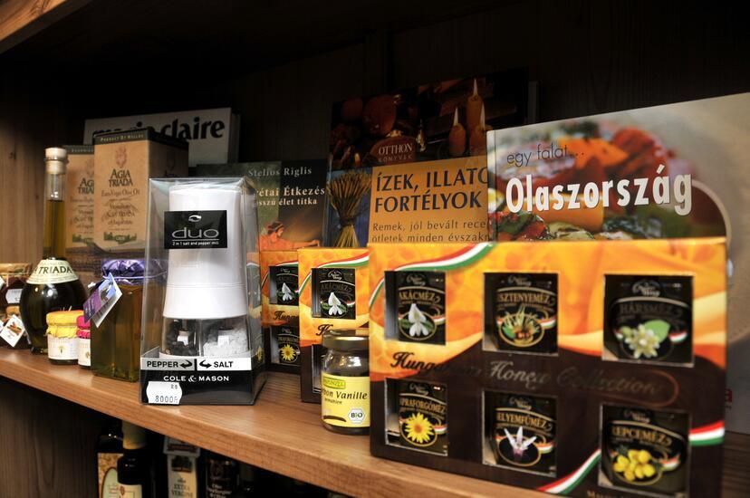 Fűszerkuckó - Fűszerbolt belső 7 kép